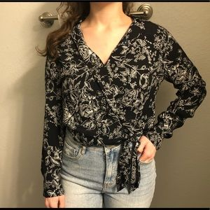 Abercrombie & Fitch Floral Wrap Top
